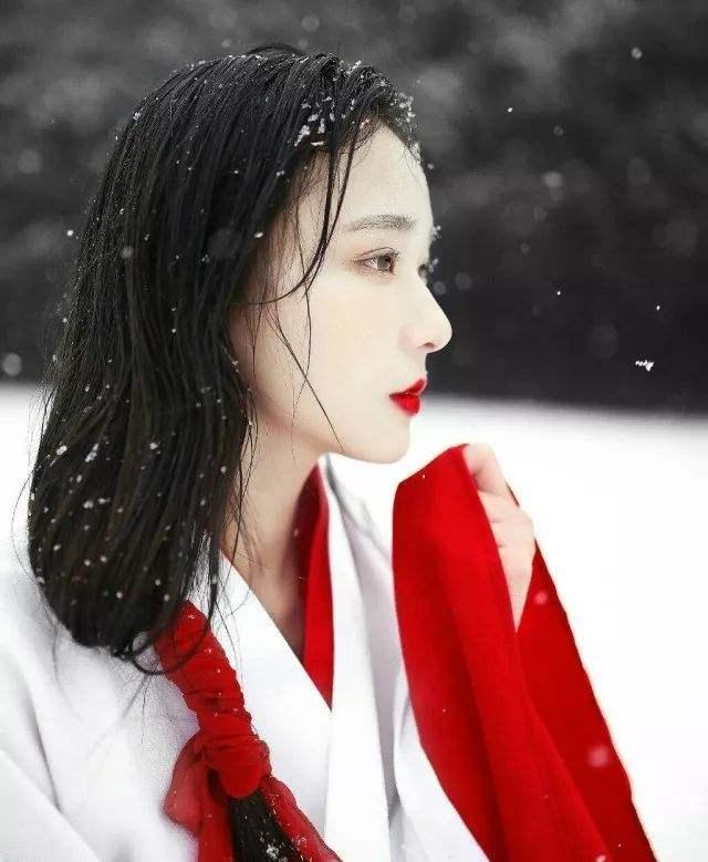 微暖寒冬 女性冬季独自外出注意事项