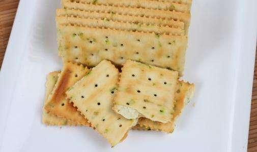 葱油饼干_葱油饼干怎么做才酥脆  第2张