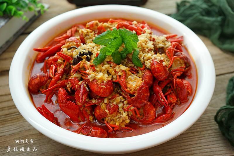 蒜泥龙虾的做法大全_蒜泥龙虾需要哪些调料