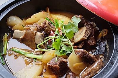 牛排骨的做法大全家常_牛排骨和什么煲汤最好  第1张