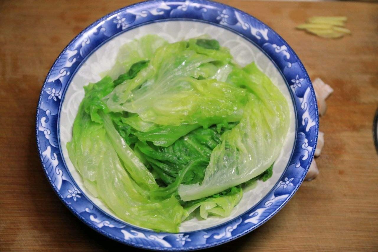 耗油生菜做法_生菜怎么炒好吃又简单  第2张