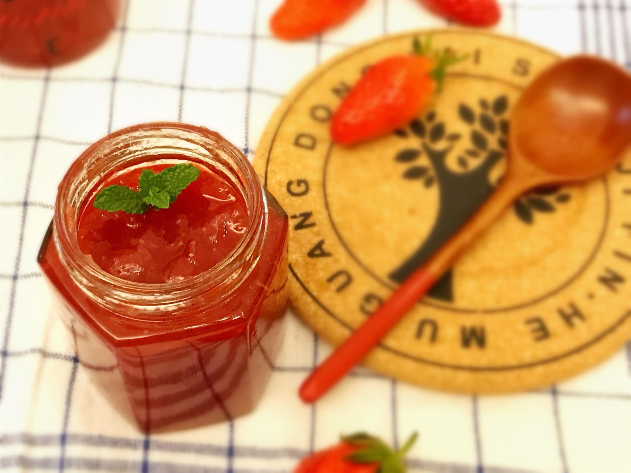 草莓酱怎么吃_自制草莓酱能保存多久  第2张