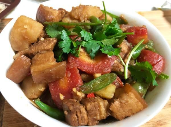 五花肉小白菜炖土豆_小白菜粉条  第2张