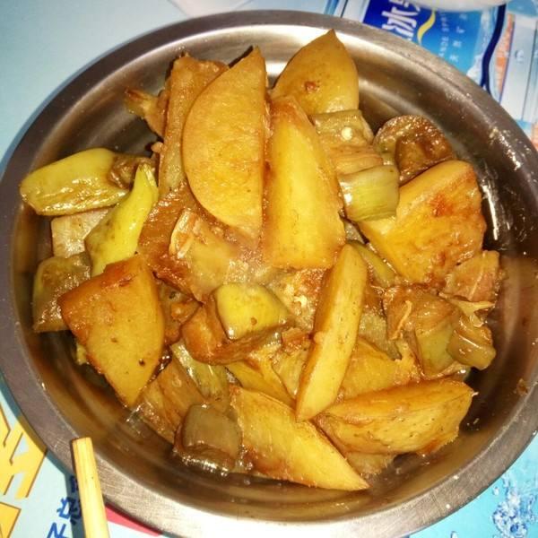 茄子炖土豆_怎么炒茄子好吃家常菜  第2张