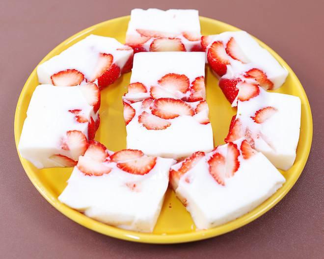 草莓牛奶的做法_草莓牛奶的做法窍门  第1张