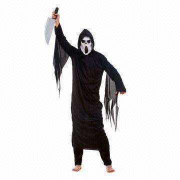 halloween costumes, scream with rubber mask and plastic knife