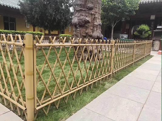 仿竹护栏进行维修前注意事项(图1)