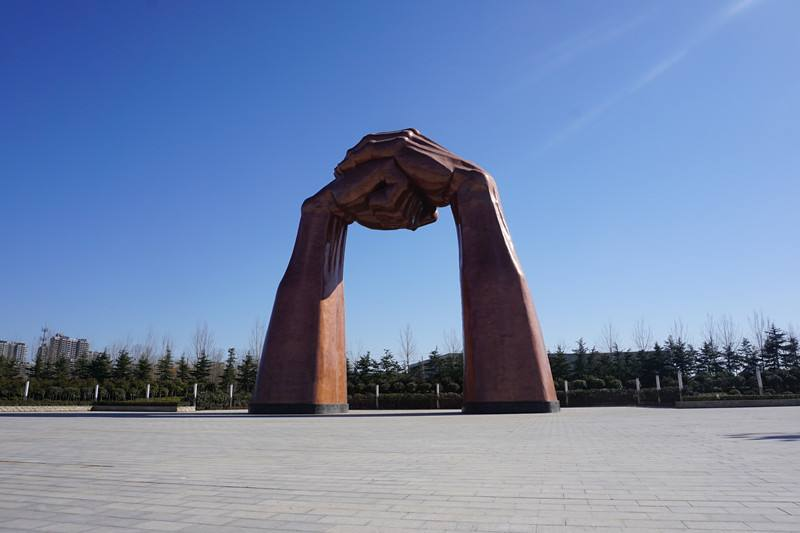 郑州雕塑制作_郑州雕塑公司_郑州景观雕塑公司