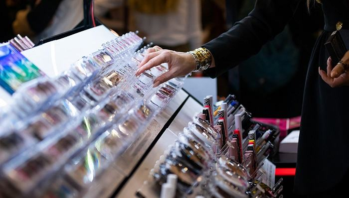 网上美妆购物有七大特点消费者-美妆-化妆品