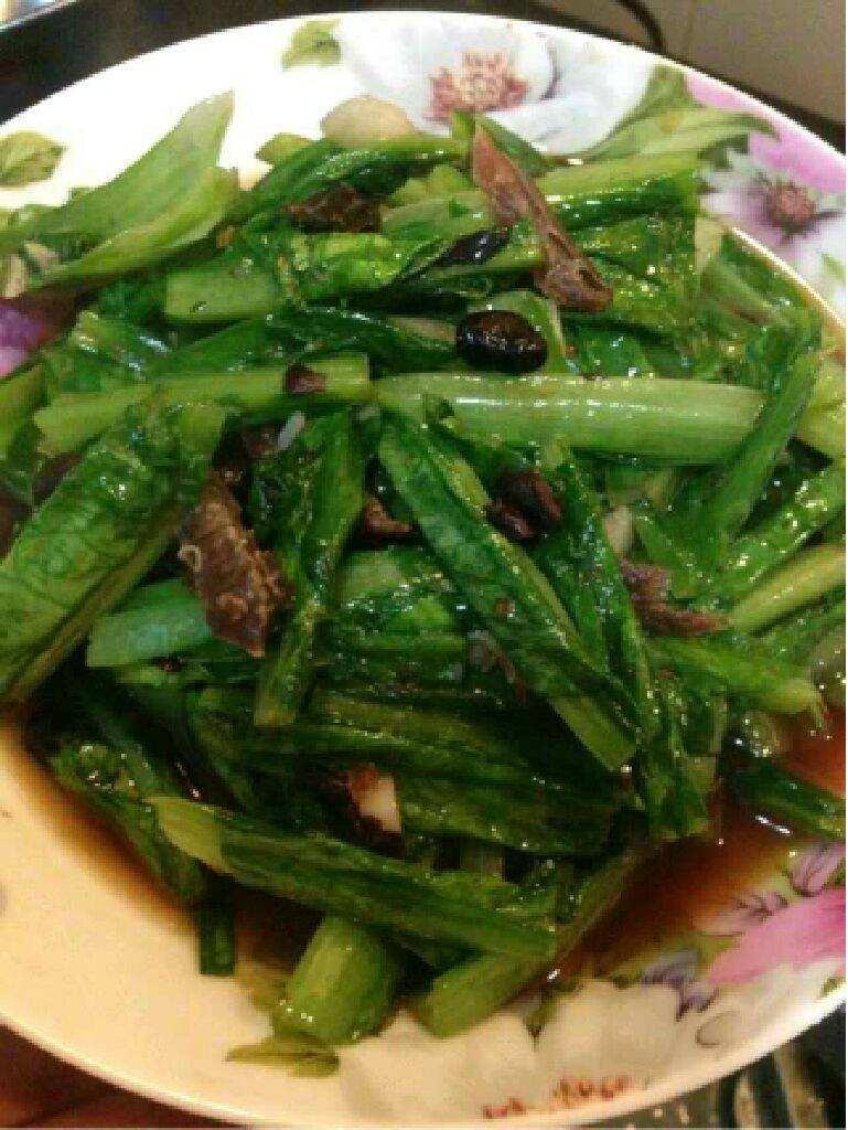 豆豉鲮鱼油麦菜的做法_豆豉鲮鱼的做法  第1张