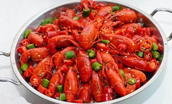 油焖大虾做法家常做法_大虾的19种做法